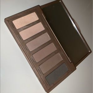 naked basics 2 urban decay eyeshadow palette